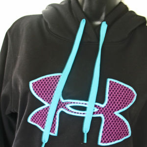 New No Tags Womens Under Armour Cold Gear Logo .